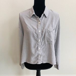 ❤️Wild fable button down shirt striped long sleeve
